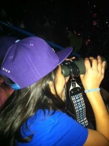 binoculars_justin_bieber